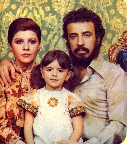 لیلا حاتمی,عکسهای جالب از کودکی لیلا حاتمی,لیلا حاتمی و مادرش,لیلا حاتمی و پدر و مادرش