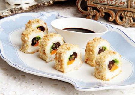 سوشی برنج غذایی خوشمزه برای افطار