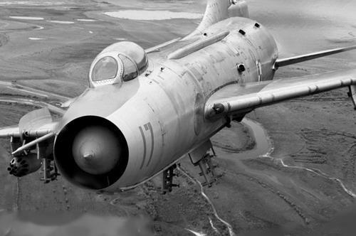 معرفی جنگنده سوخو 7