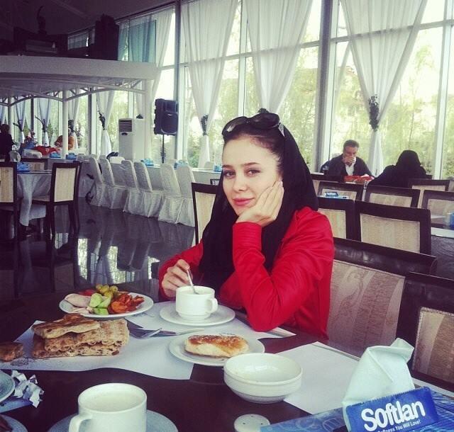 عکس (های) الناز حبیبی و همسرش + بیوگرافی