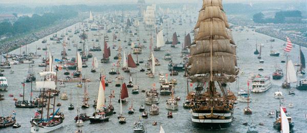 جشنواره قایق رانی روی رودخانه امستردام