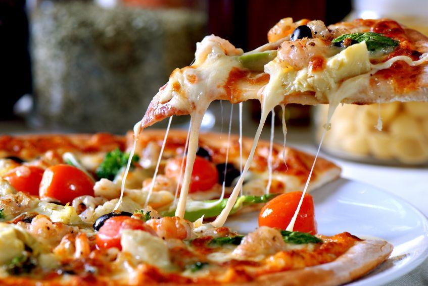 روشی اسان برای پخت پیتزا در خانه