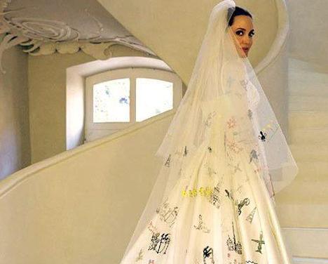 لباس عروس خاص انجلینا جولی