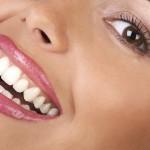 راه حلی-برای-داشتن-لبخندی-سفیدتر-بهداشت-دهان-و-دندان