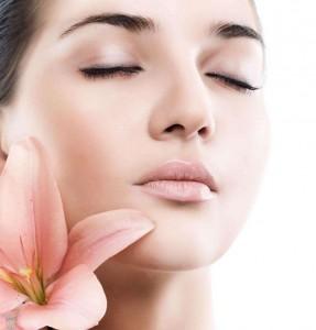 زیبایی پوست صورت با مواد طبیعی
