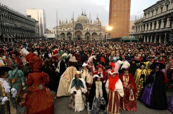 کارناوال ونیز جشنواره ماسکها