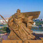 مجسمه های غول اسا در چین