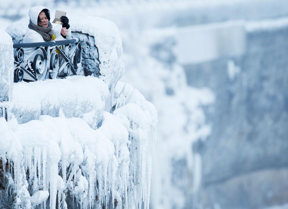 گزارش تصویری از یخ زدن آبشارهای نیاگارا