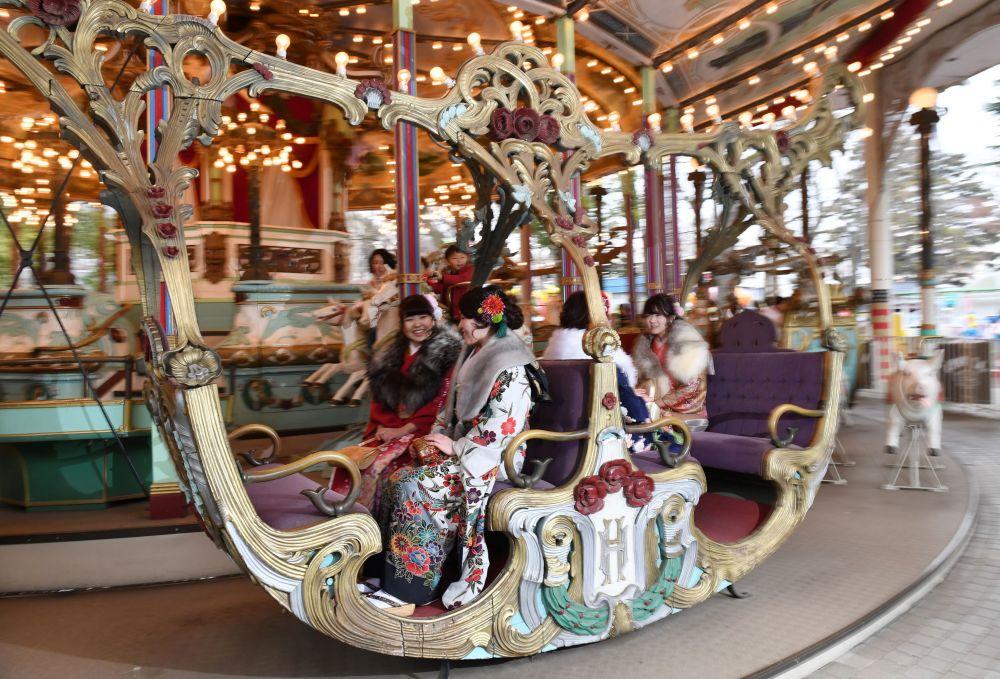 جشن بلوغ دختران ژاپنی