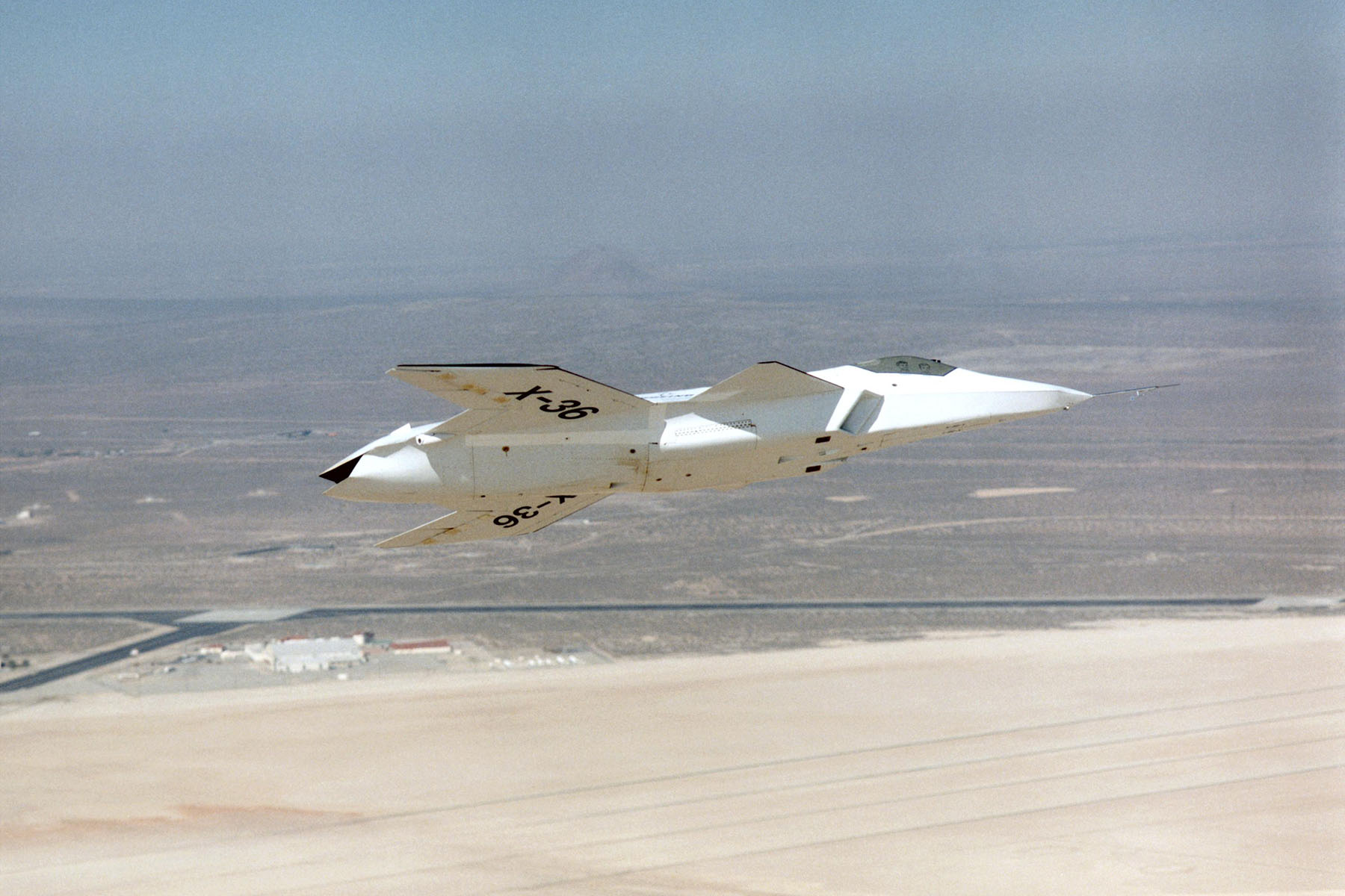 جنگنده X36
