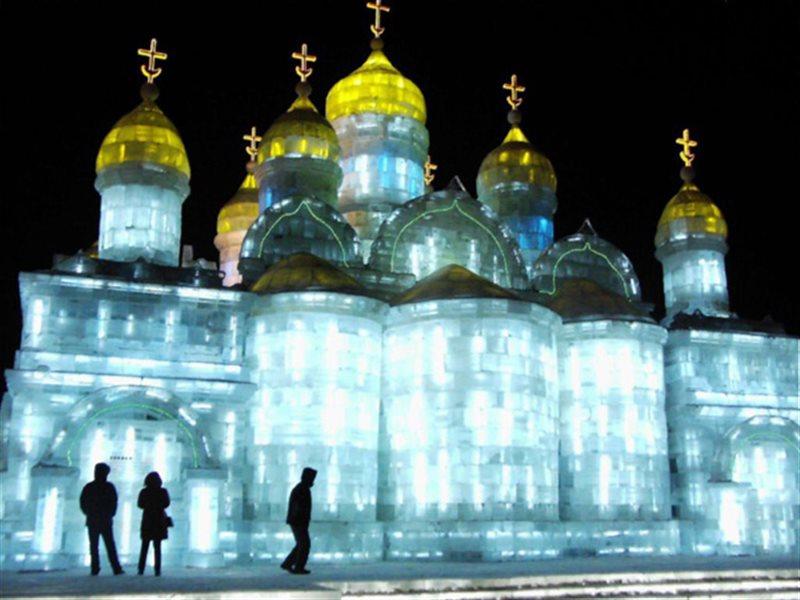 جشن واره مجسمه یخی