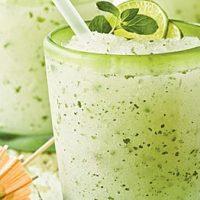 طرز تهیه ی نوشیدنی مخصوص تابستان / آموزش تهیه ی موهیتو نعنایی