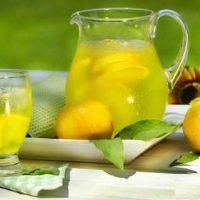 طرز تهیه ی نوشیدنی لیموناد برای تابستان گرم