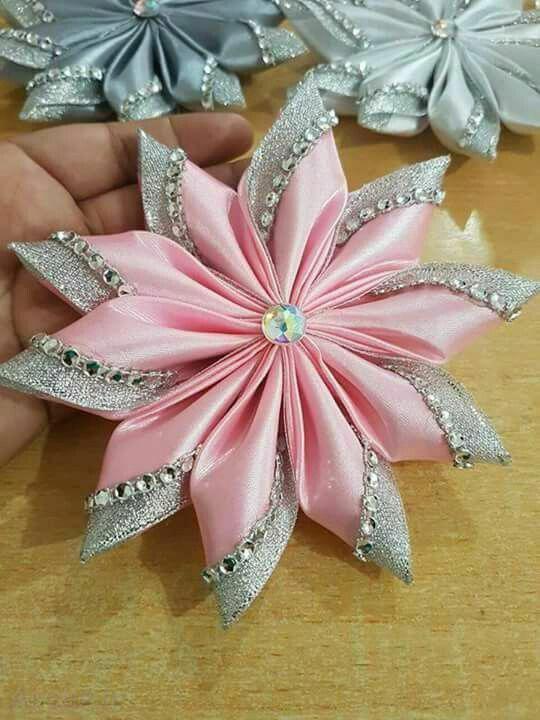ساخت گل پارچه ای