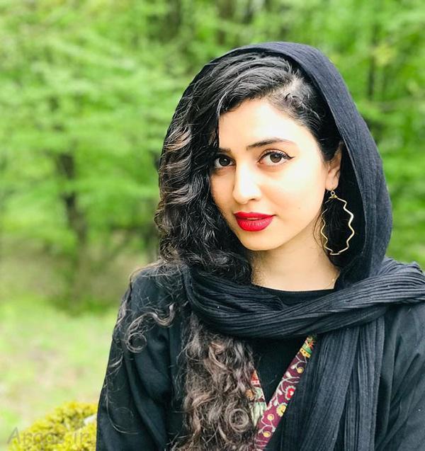 عکس و بیوگرافی زهره نعیمی